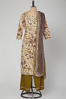 Mehendi Green Printed Kurta Set by VASTRAA-POPULAR PRODUCTS AT STORE