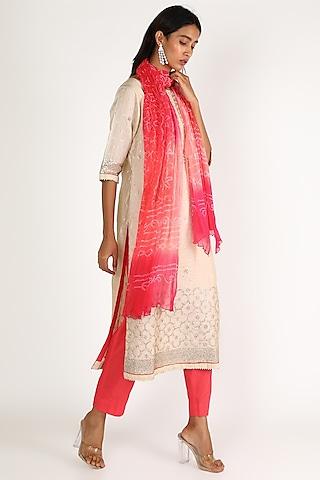 Pink & White Embroidered Kurta Set by VASTRAA