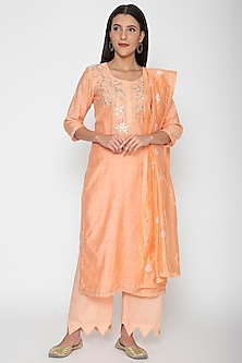 Peach Embroidered Kurta Set by VASTRAA