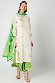 White & Lime Green Kurta Set by VASTRAA