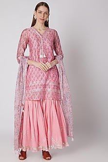 Pink Printed Kurta Set by VASTRAA