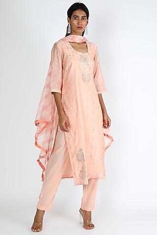 Pastel Pink Embroidered Kurta Set by VASTRAA