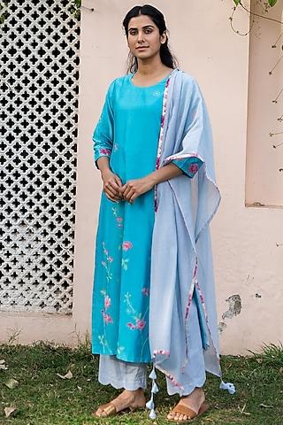 Electric Blue Embroidered Kurta Set by Vaayu