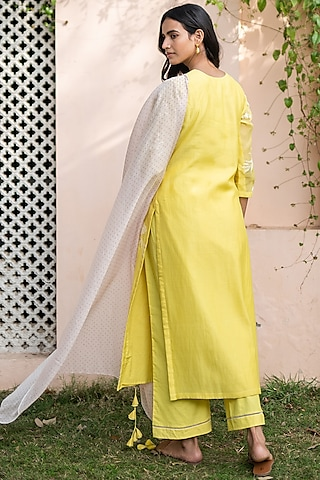 Yellow Embroidered Kurta Set by Vaayu