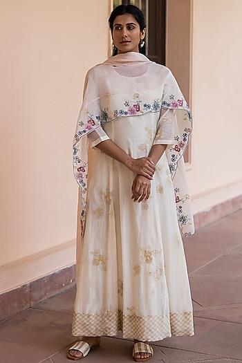 Ivory Embroidered Anarkali Set by Vaayu