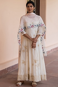 Ivory Embroidered Anarkali Set by Vaayu