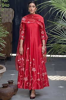 Poppy Red Floral Anarkali With Dupatta by Vaayu-FESTIVE GIFTING