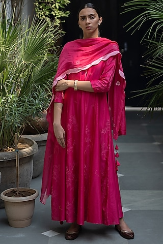 Berry Red Anarkali With Rose Dupatta by Vaayu