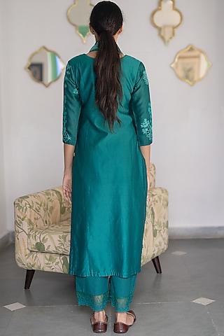 Jade Green Aari Work Kurta Set by Vaayu