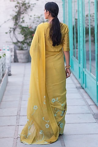 Daffodil Yellow Chanderi Saree Set by Vaayu