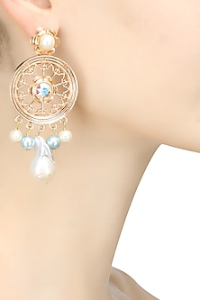 Rose gold plated pearl and stone round jaal earrings by Valliyan By Nitya Arora