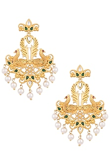 Dull gold plated emerald and kundan earrings by VASTRAA Jewellery