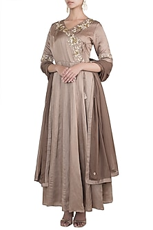 Gold embroidered anarkali set by VASTRAA