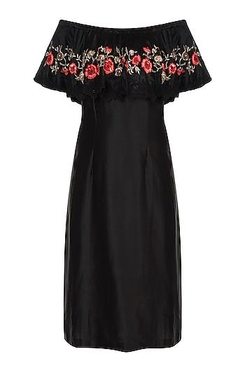 Black Embroidered Shift Dress by Varsha Wadhwa