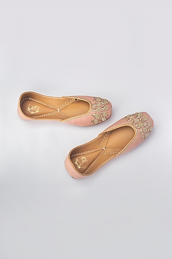 Pink French Knot Embroidered Juttis by Vareli Bafna Designs