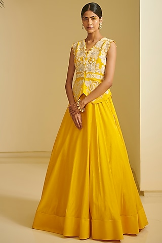 Yellow Embroidered Skirt Set by Varun Bahl