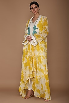 Yellow Embroidered Printed Cape With Ivory Tunic & Pants by Varun Bahl