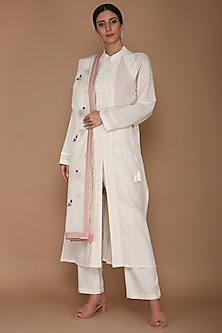 Ivory Embroidered & Lace Kurta Set by Varun Bahl