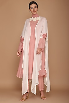 Pink & Ivory Chanderi Kurta With Pants & Cape by Varun Bahl