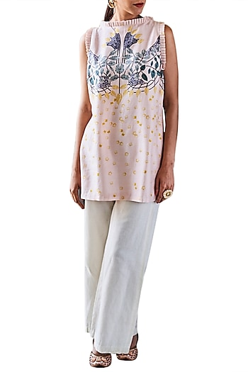 Pink Digital Printed Kurta With Ivory Pants by Varun Bahl