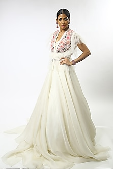 Ivory Floral Embroidered Lehenga Set by Varun Bahl