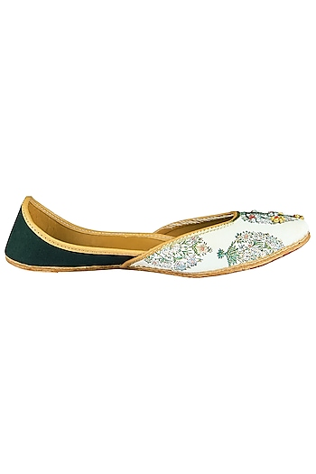 White and Black Embroidered Juttis by Vareli Bafna Designs