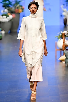 Ivory Embroidered Tunic With Pink Pants by Varun Bahl