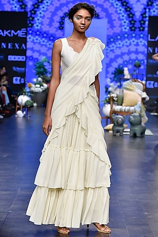 Ivory Pre-Stitched Saree Set by Varun Bahl