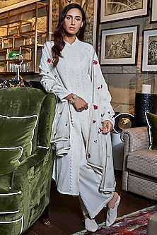 Ivory Lace Kurta Set by Varun Bahl