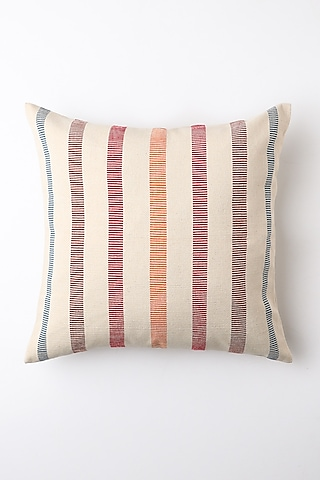 White Iwuli Cushion Cover by Vekuvolu Dozo
