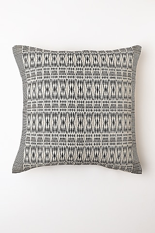 White Pheha Cushion Cover by Vekuvolu Dozo