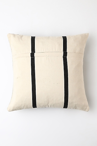 White Saro Cushion Cover by Vekuvolu Dozo
