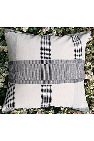 White & Black Cotton Handwoven Amii Cushion Covers (Set of 2) by Vekuvolu Dozo