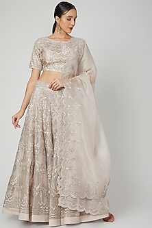 Soft Lilac Embroidered Lehenga Set by Varun Nidhika