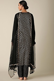 Black Embroidered Kurta Set by Varun Nidhika