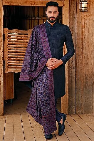 Navy Blue Embroidered Sherwani Set by Vanshik