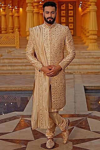 Gold Raw Silk Sherwani Set by Vanshik