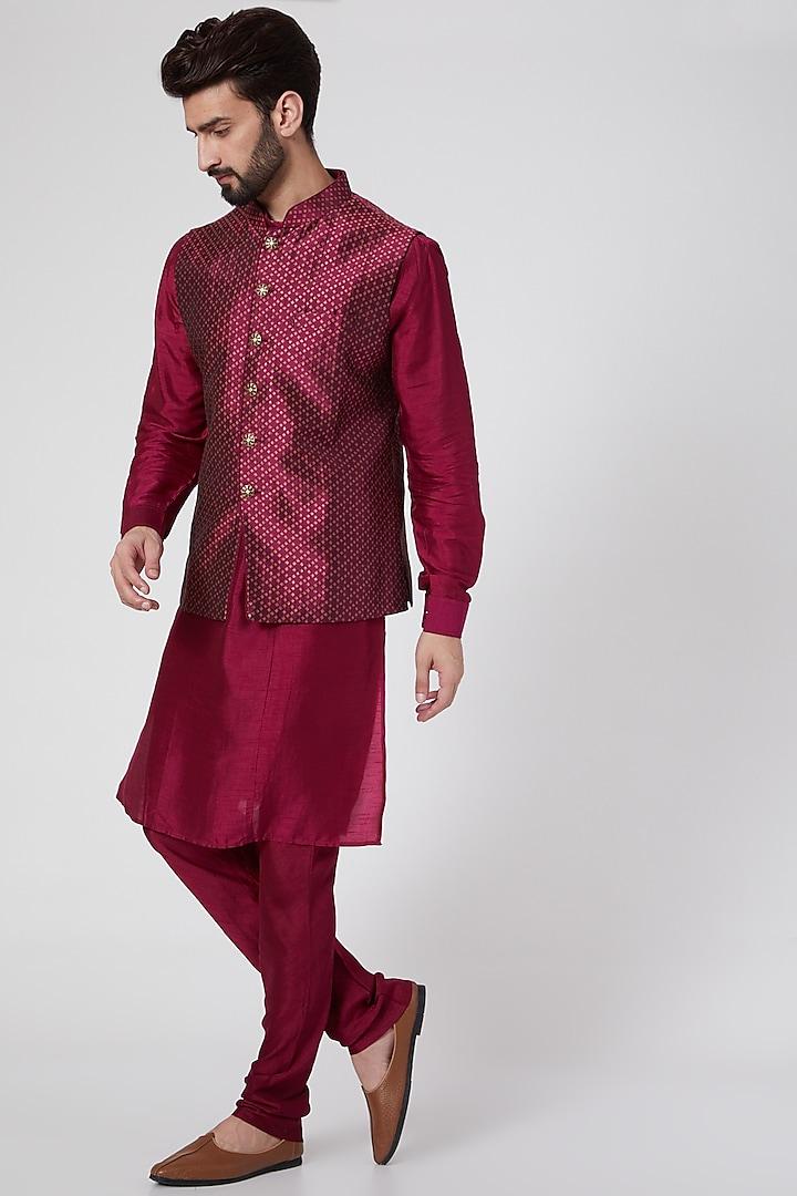 Magenta Bundi Jacket With Kurta Set by Vanshik