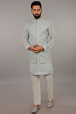 Blue Embroidered Kurta Set With Bundi Jacket by Vanshik
