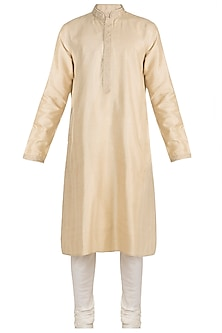 Cream Aari Embroidered Kurta Set by Vanshik