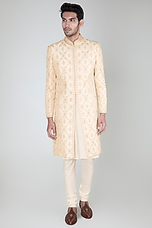 White Embroidered Sherwani Set by Vanshik