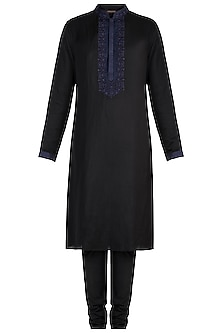 Black Embroidered Kurta Set by Vanshik