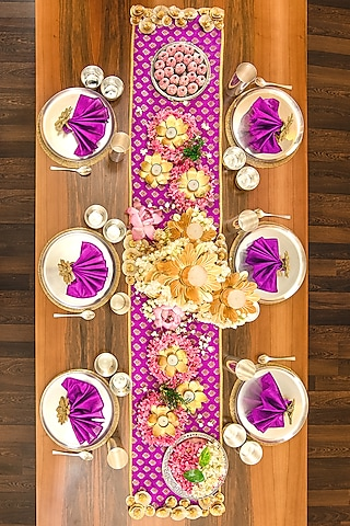 Violet Table Decor DIY Box (Set of 49 Pieces) [10 Seater] by VPOP