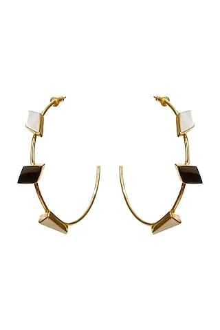 Gold Finish Onyx & Pearl Alloy Hoop Earrings by Varnika Arora
