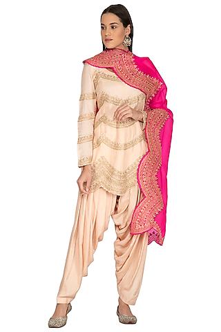 Baby Pink Printed Kurta Set by Vasavi Shah
