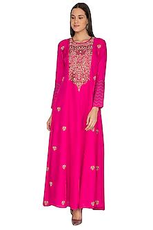 Rani Pink Embroidered Kurta by Vasavi Shah