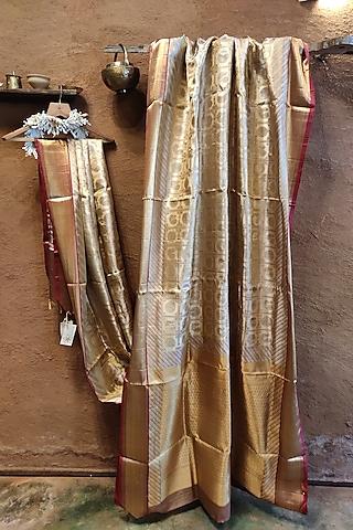 Copper Handwoven Silk Saree by Vaishali S