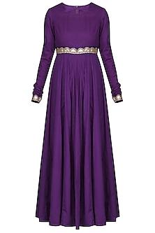 Purple Embroidered Kurta Set by Vasavi Shah