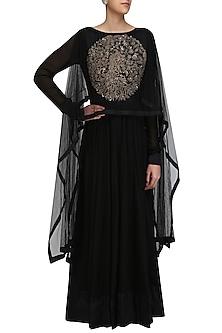 Black Embroidered Kalidaar Kurta with Drape Sleeves by Vasavi Shah