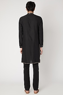 Black Detailed Cotton Silk Kurta by Vavci